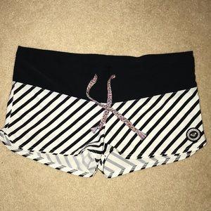 ⬇️Roxy Striped Swim Board Shorts